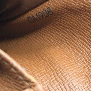 Louis Vuitton Bags - Authentic Louis Vuitton monogram snap zip wallet